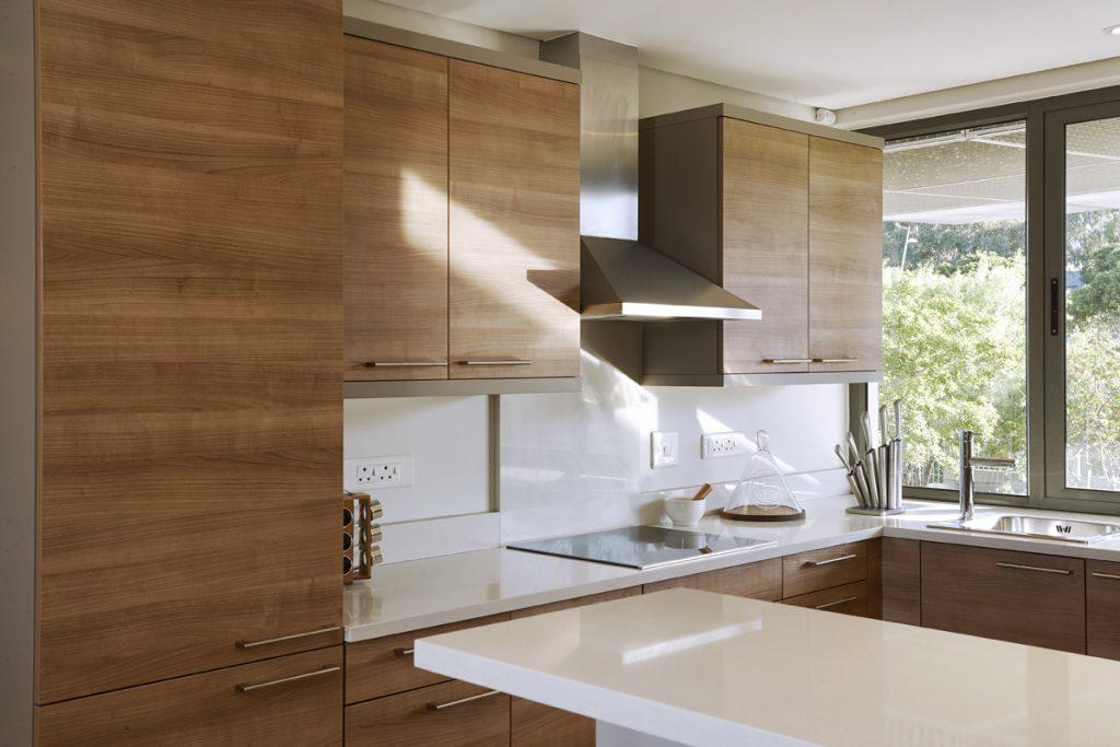 Kylemore-dining kitchen